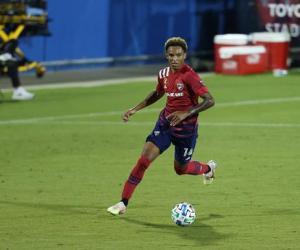 名记:尤文接近签下达拉斯FC右后卫雷诺兹